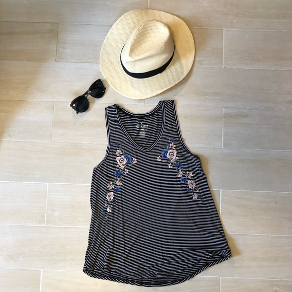 """Tops - American Eagle """"Soft & Sexy"""" Tank Top"""